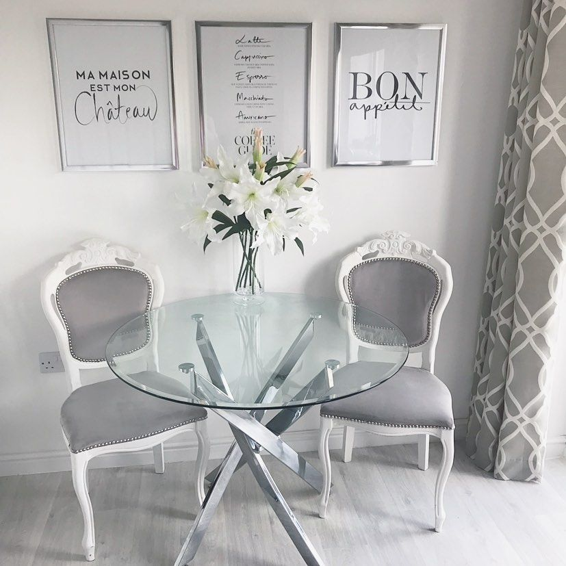 "KAYLA | NEWBUILD HOUSE TO HOME (@newbuild_house_to_home) posted on Instagram: ""Happy FRIYAY 🖤 hope you all have a lovely weekend! . . #interiordesign #interior4inspo #interiorstyle #greyinspo #homesofinsta…"" • Aug 9, 2019 at 1:03pm UTC"