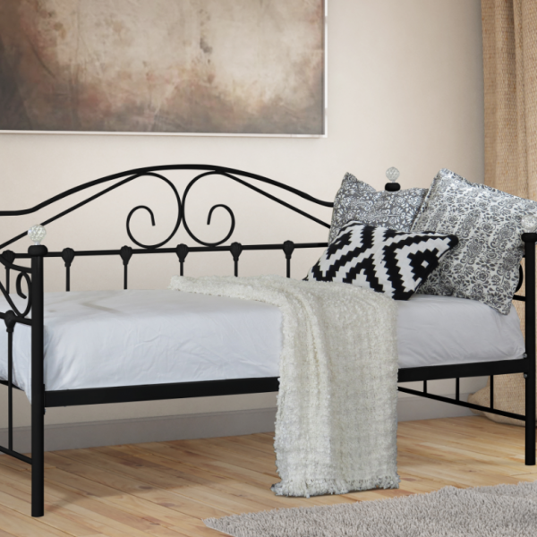 Aimee Day Bed BLACK Beds.co.uk Black bedding, Daybed