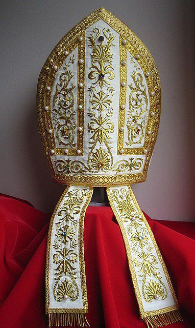 Mitra episcopal