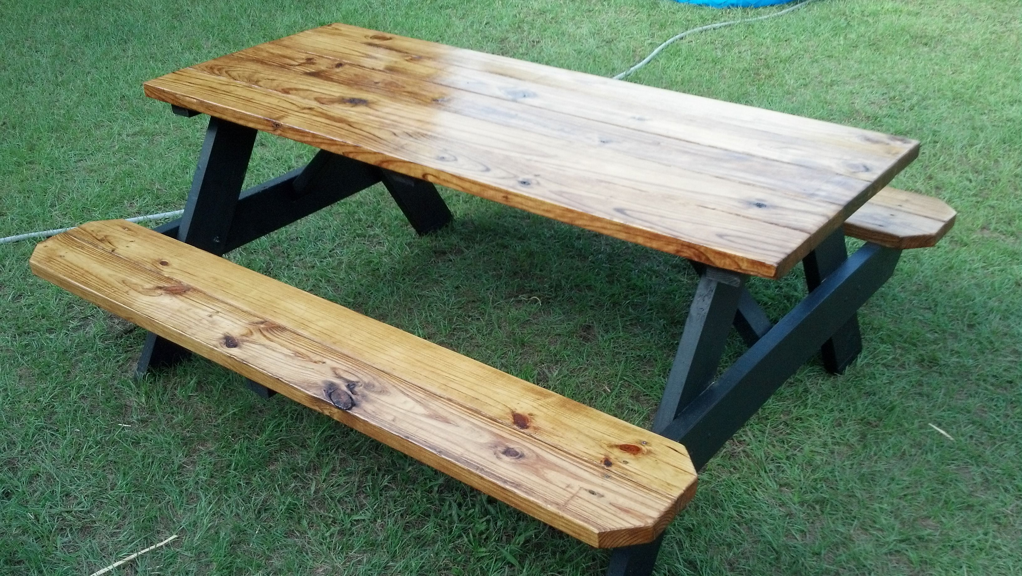 Another Way To Finish A Picnic Table Clear Polyurethane Tops And