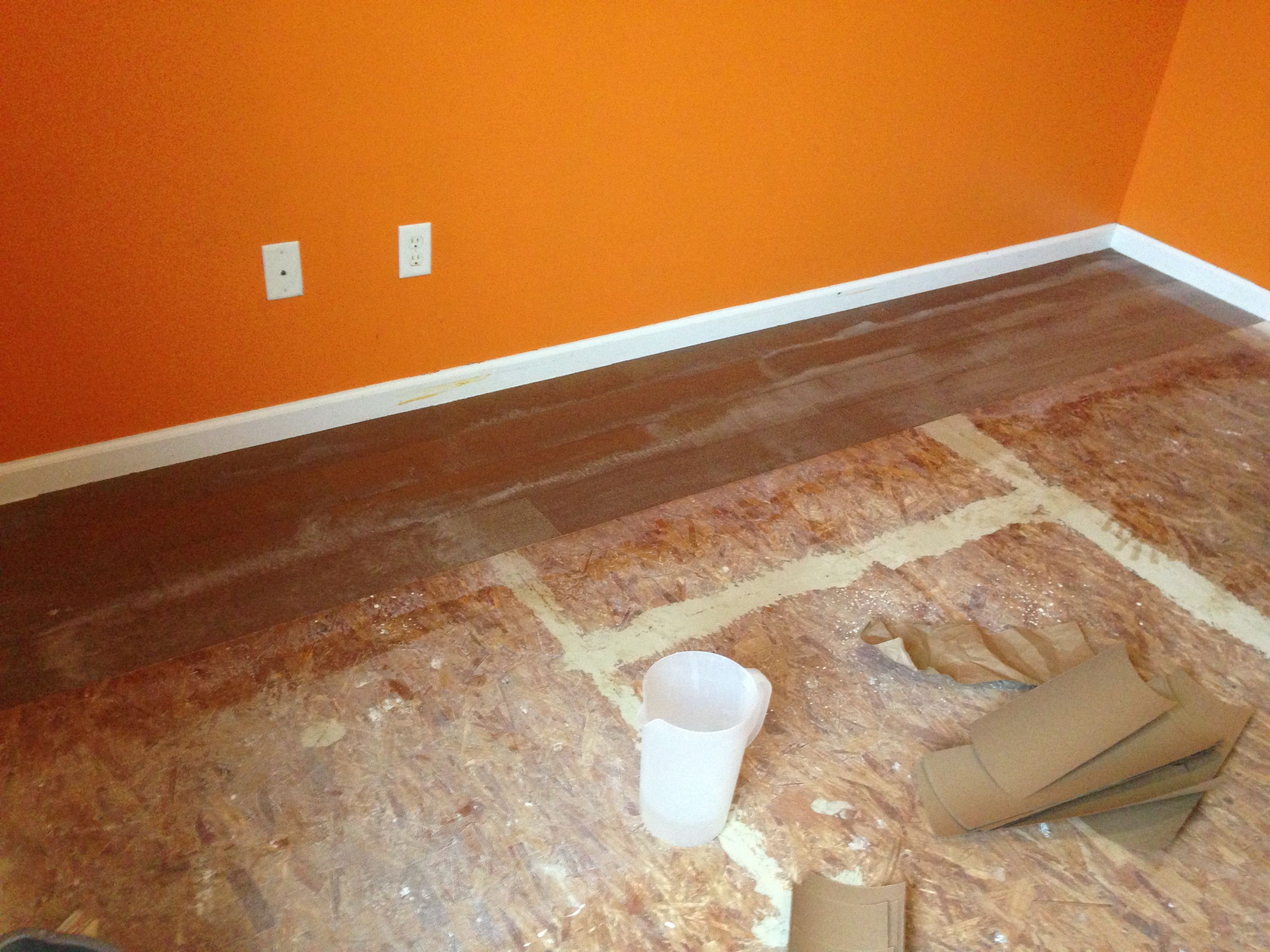 Starting Lay The Brown Paper Floors Look Like Wood Flooring