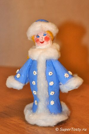 поделка снегурочка своими руками из пластиковых бутылок