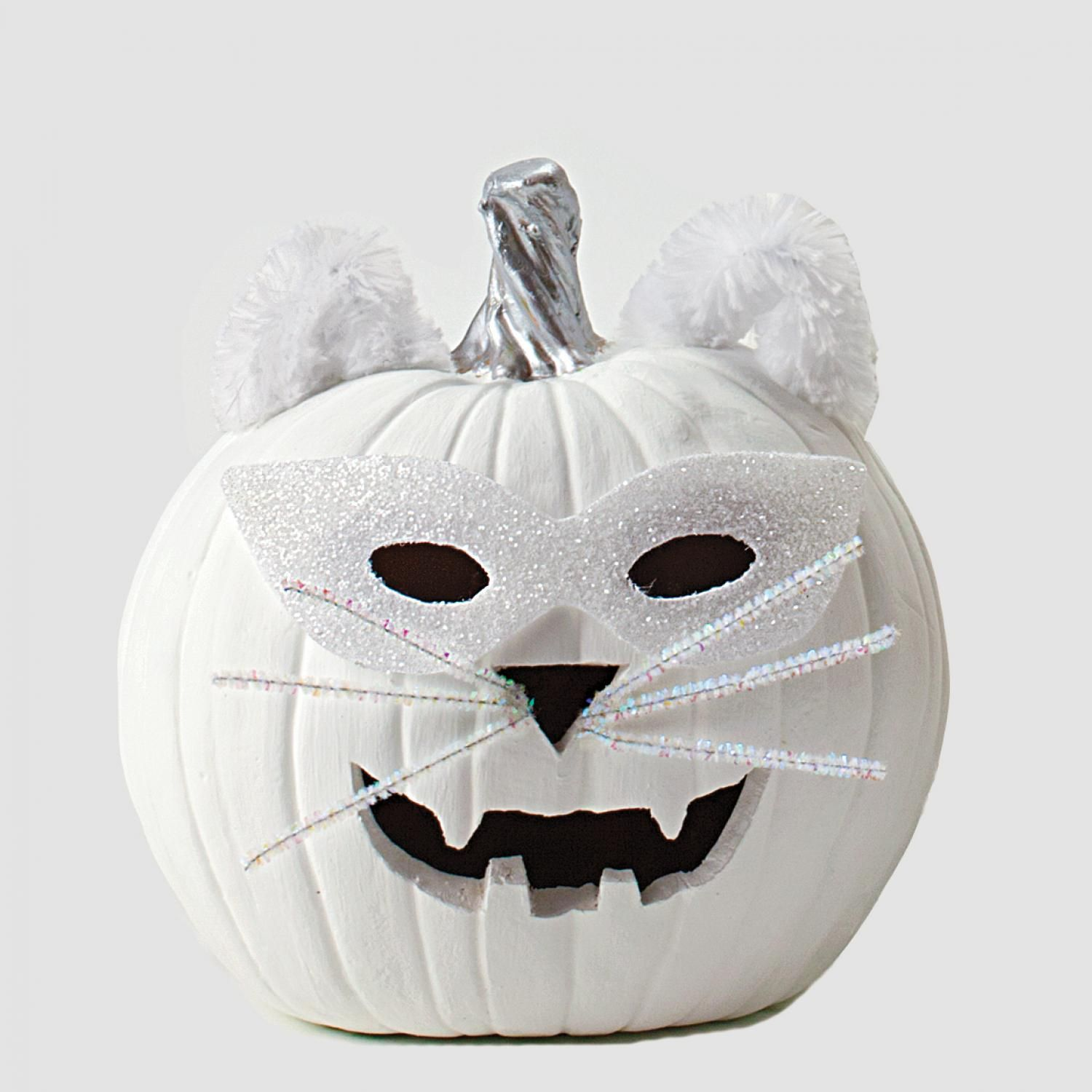 Easy Halloween Crafts, Favors and Games Cat pumpkin, Easy - Kid Friendly Halloween Decorations