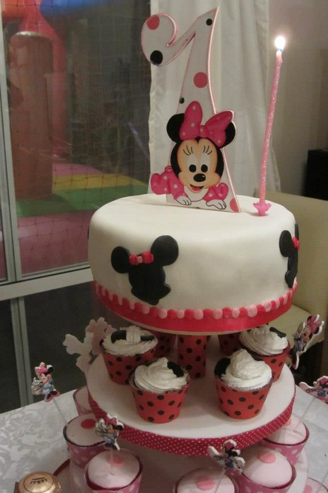 Torre  portaCup Cakes   y porta torta, Deco Minnie