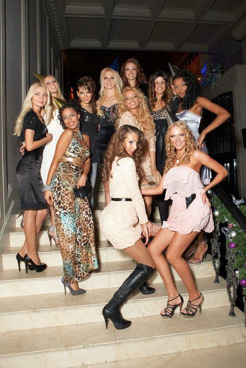Клуб в москве девушки фото программа в ночных клубах москва
