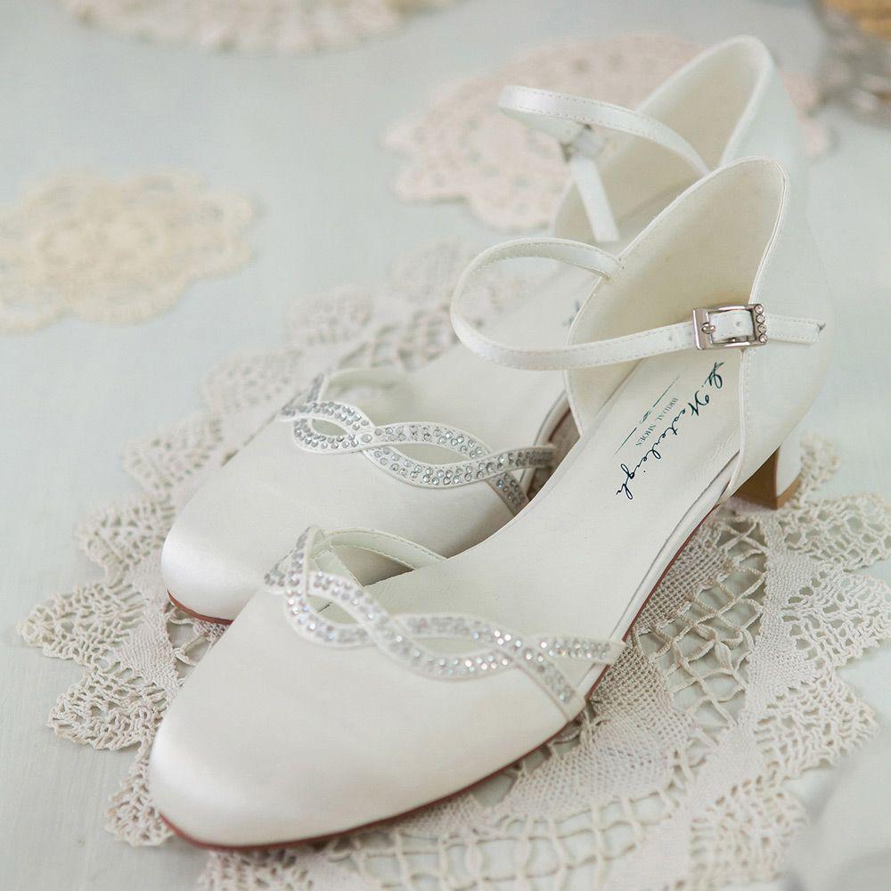 15++ Winter wedding shoes low heel information