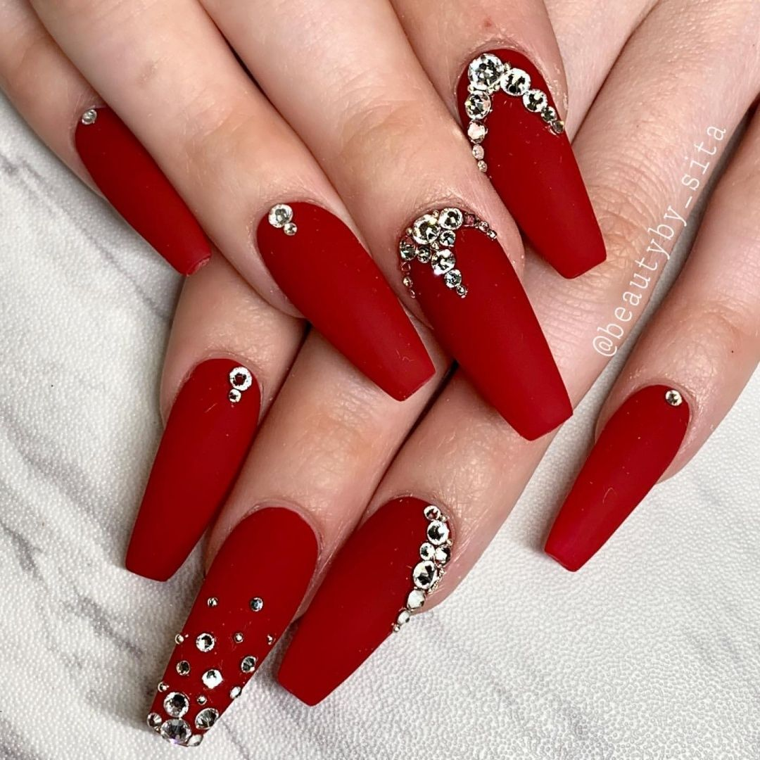 Nail Art L Glamour L Fashion On Instagram Red Stylish Follow Nailsartstylish Wakeup Nails Design With Rhinestones Rhinestone Nails Red Matte Nails