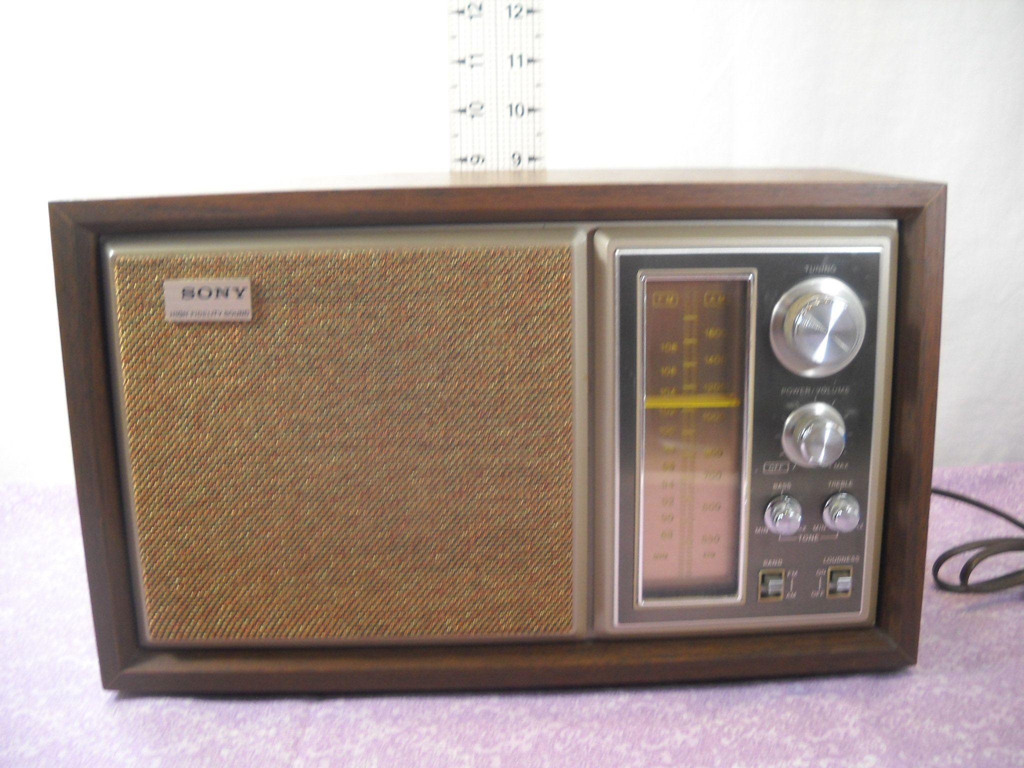 Vintage Sony Icf 9550w High Fidelity Sound Am Fm Table Radio Vintage Radio Radio Sony