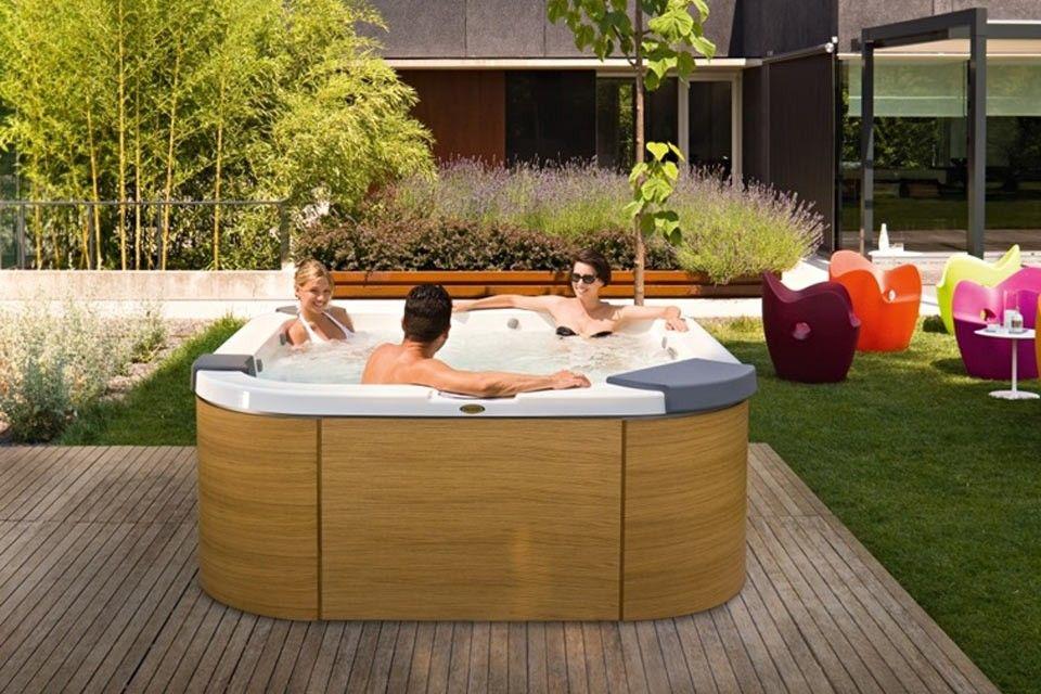 Jacuzzi In Tuin : Een spa of jacuzzi ® in de tuin? heerlijk! inspiratie spas