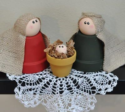 Clay Pot Nativity | Create a sweet little nativity scene using these unexpected materials. Perfect DIY Christmas decor.