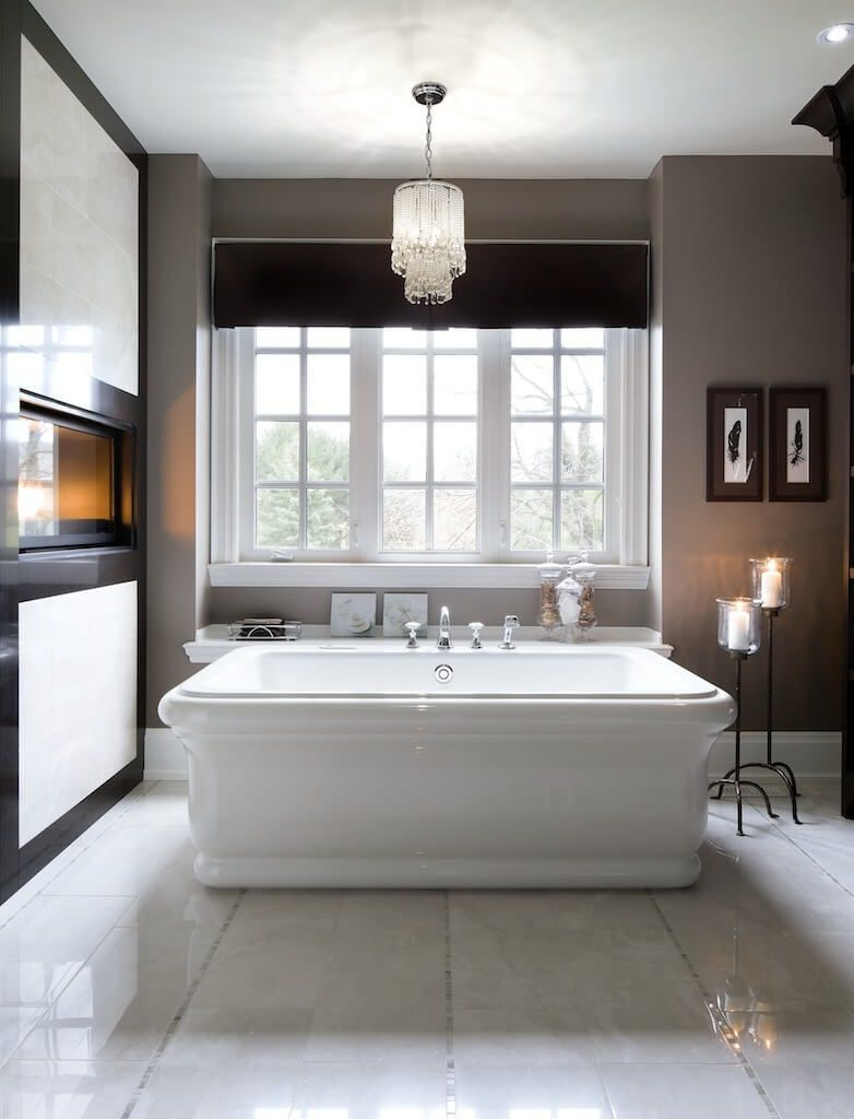 50 Master Bathrooms with Chandelier Lighting (Photos) | Powder Room ...
