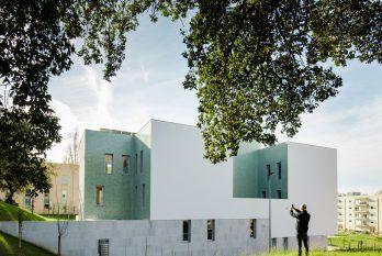 casa-acreditar-porto-arquitectura-minimalista-more-with-less-1.jpg