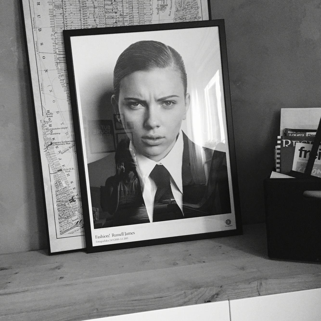 Scarlett Johansson #ikea Frame #fotografiska Museum Schweden #stockholm #scandinavian Design #interior  New York map #besta
