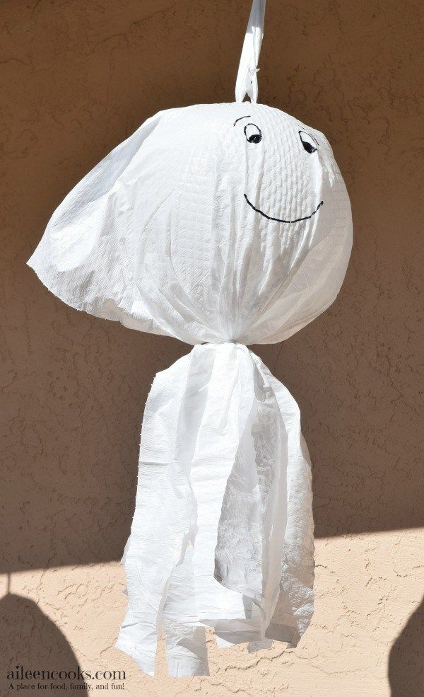 Not So Scary Garbage Bag Ghosts DIY Halloween and Bag