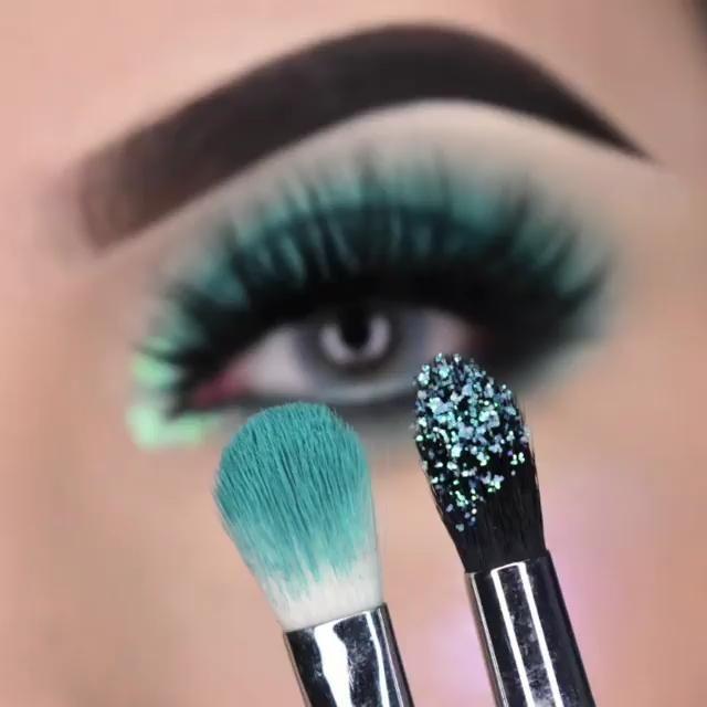 Maquiagem sombra verde