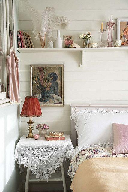 Vintage bedroom, styling Polly Rawlings Gästezimmer, Schlafzimmer - oster möbel schlafzimmer