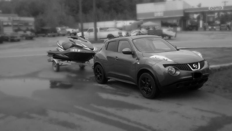 Merveilleux Nissan Juke And Jet Ski