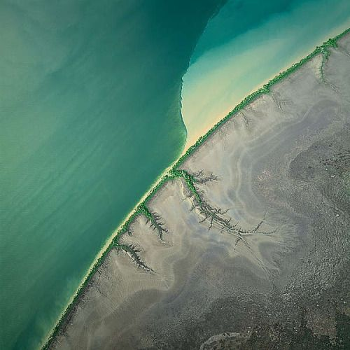 staceythinx: Stunningly beautiful abstract images of the earth...