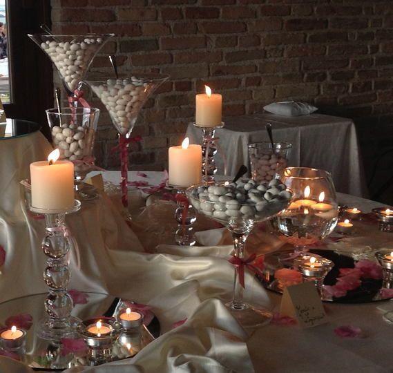 Italian Wedding Desserts: Bellissima #confettata Bianca E Rosa @villaitramonti