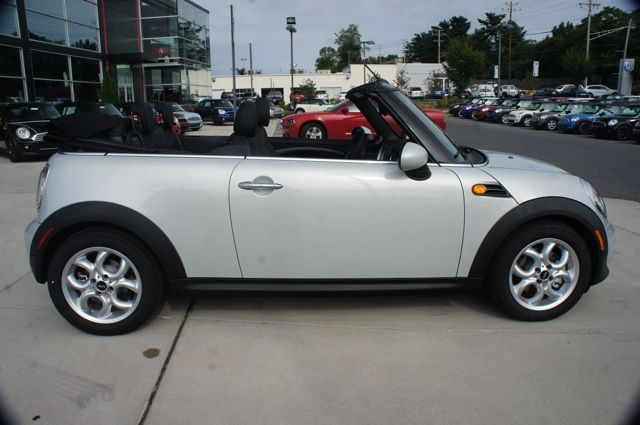 2014 Mini Cooper Convertible In White Silver Wheels And Paint Match