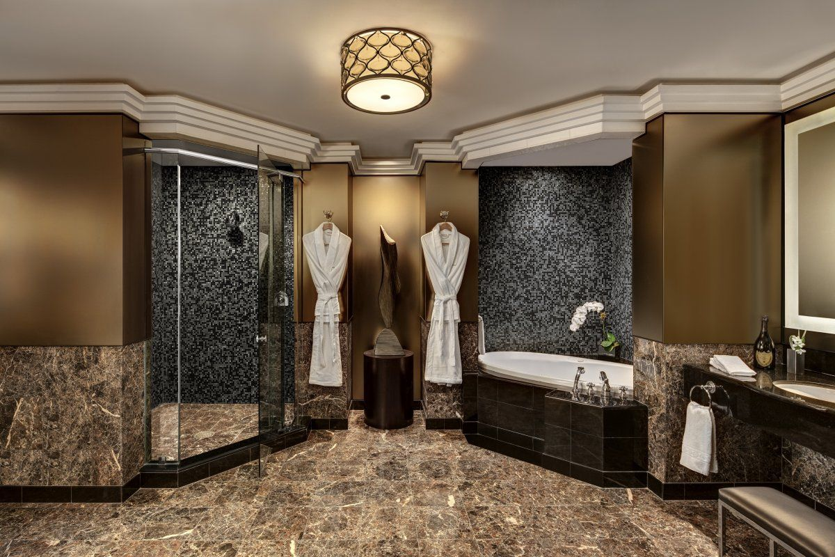 the new york palace has two suites that cost 250000 a month photos luxury master bathroomsmaster - Luxury Master Bathroom Suites