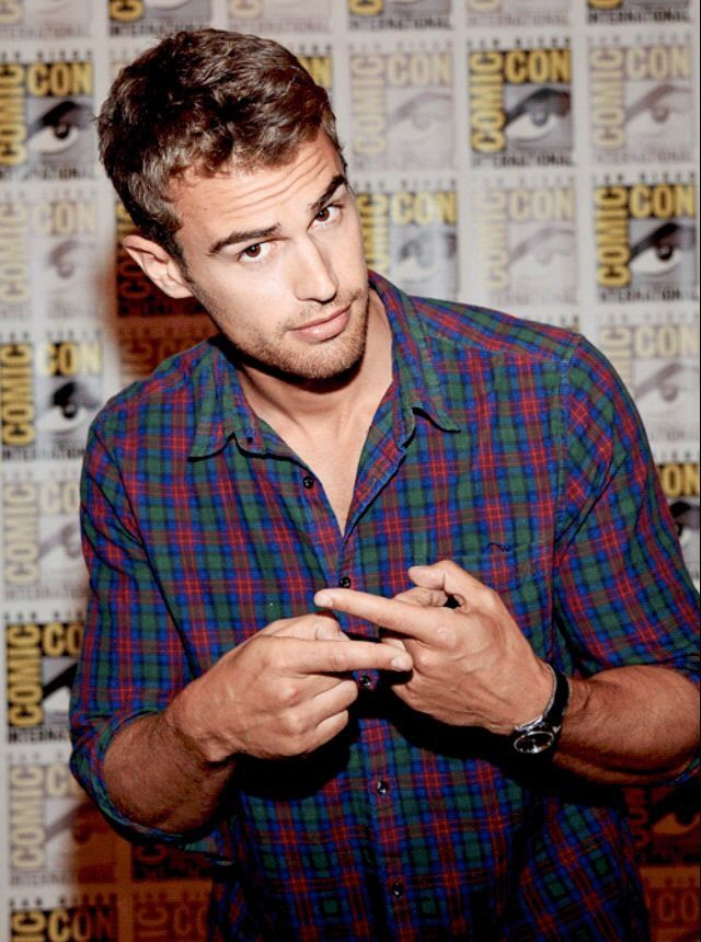 I love you Theo James