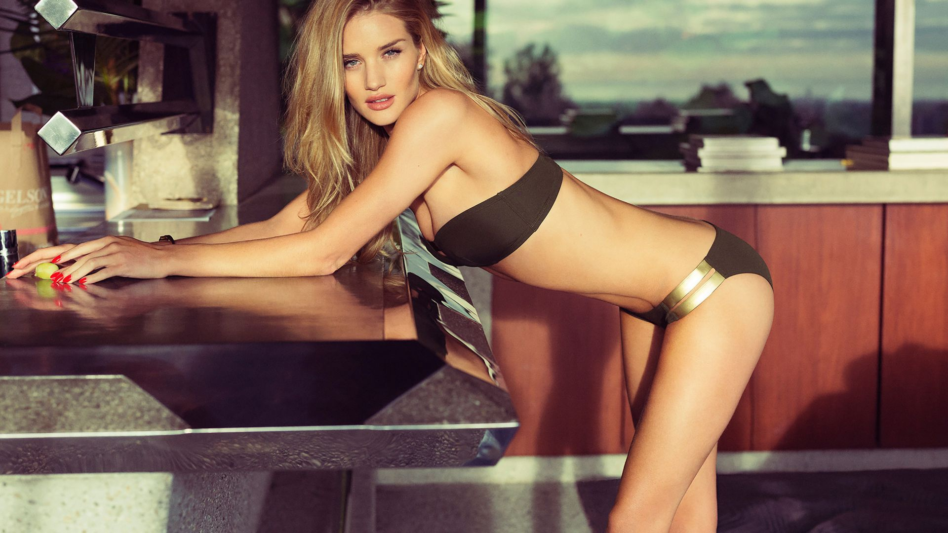 rosie huntington-whiteley, top fashion models, model, victoria's