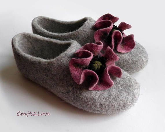65406500a6fab Felt slippers Womens Felted slippers Leather   rubber soles House ...