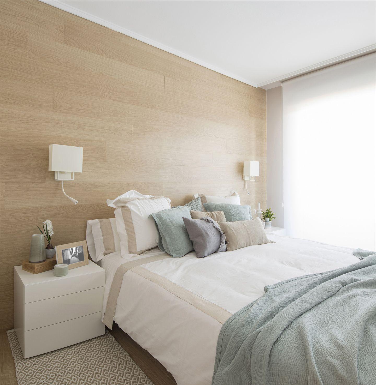Detalle dormitorio en vivienda ntegramente reformada y - Cabeceros juveniles ikea ...