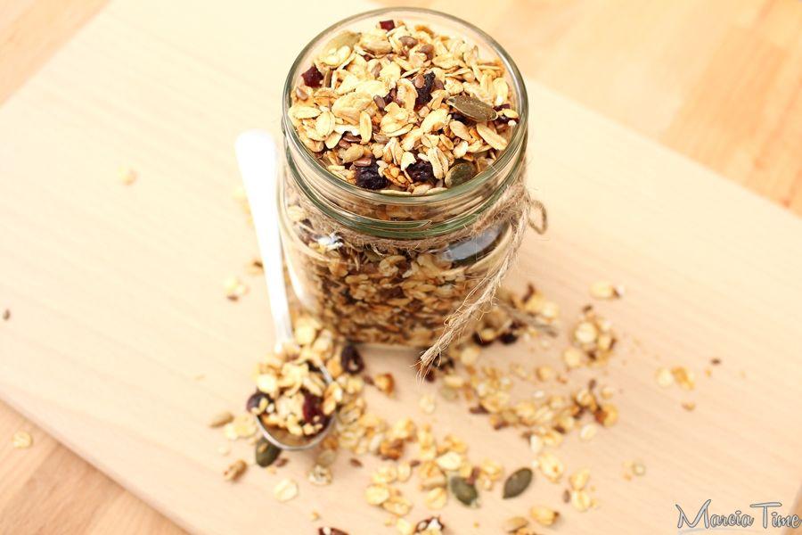 Honey Nut Cheerios & Banana Marshmallow Cereal Treats Honey Nut Cheerios & Banana Marshmallow Cereal Treats Granola granola lumber