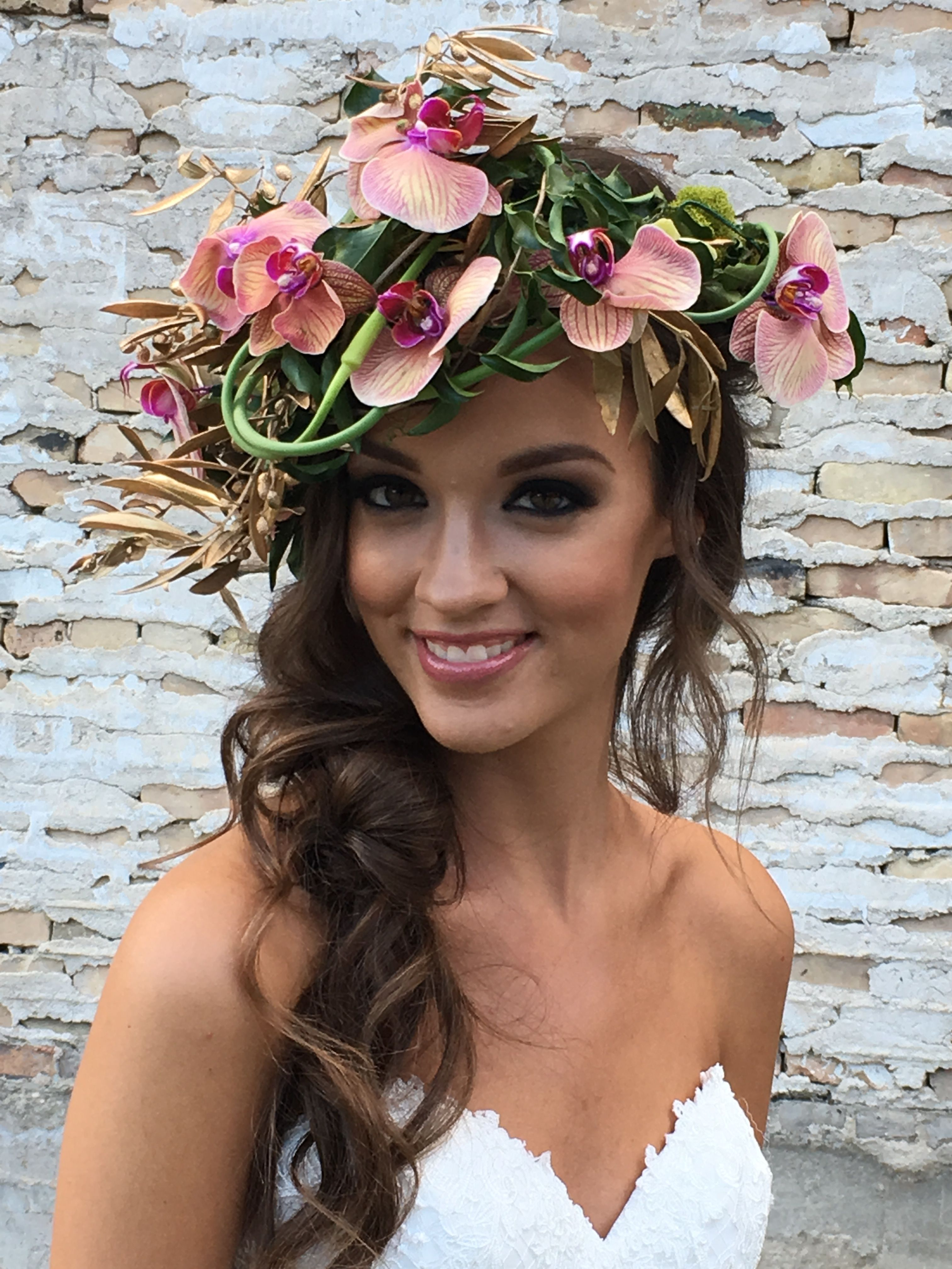Our obsession with floral crowns continue! Wedding Makeup