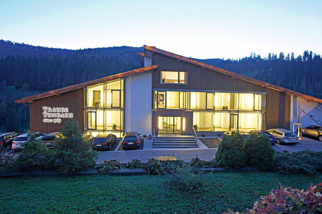 Modernes wellness hotel im schwarzwald mein geburtsort for Modernes wellnesshotel