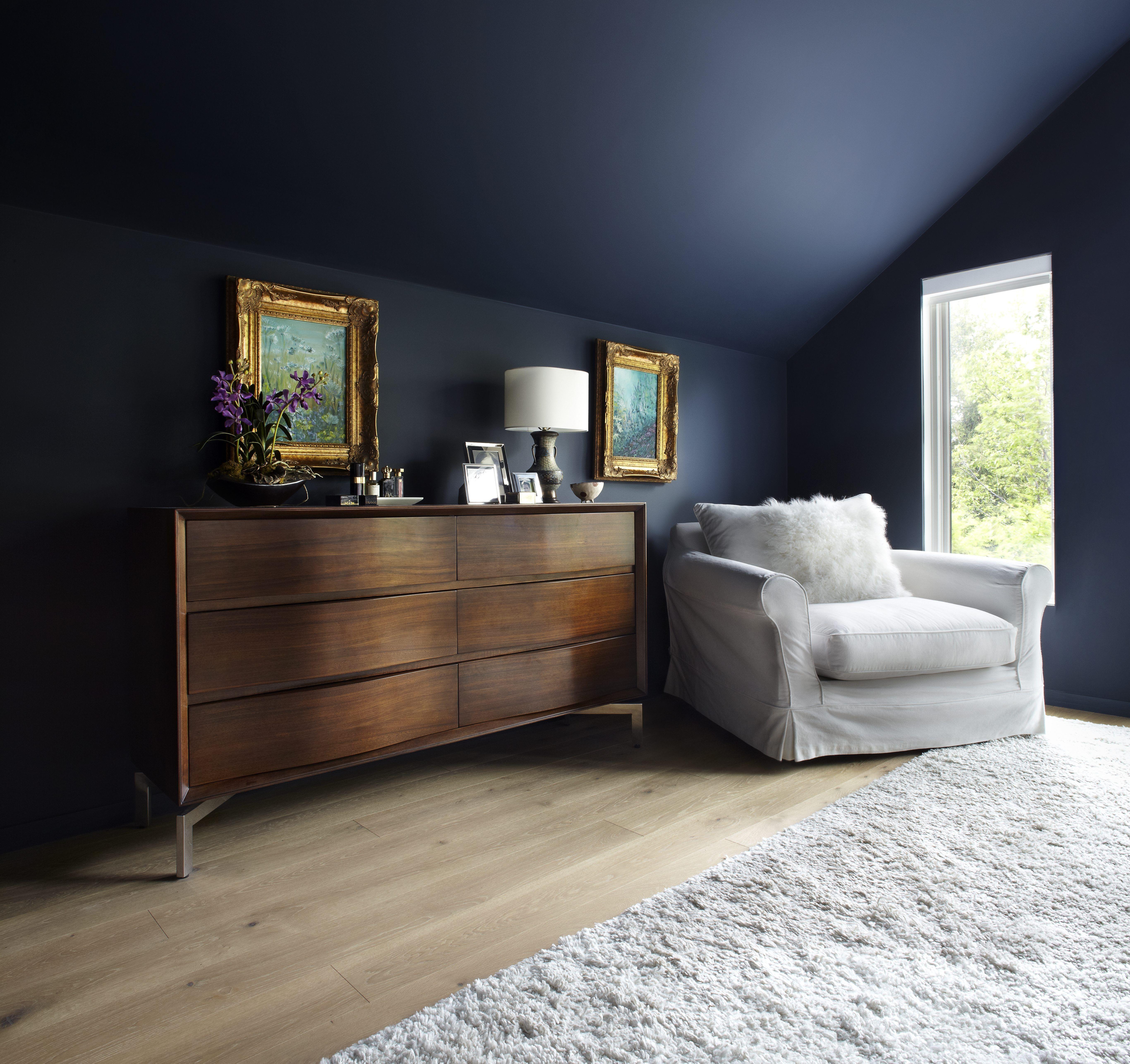 Bennington Heights Master Bedroom Low ceiling bedroom