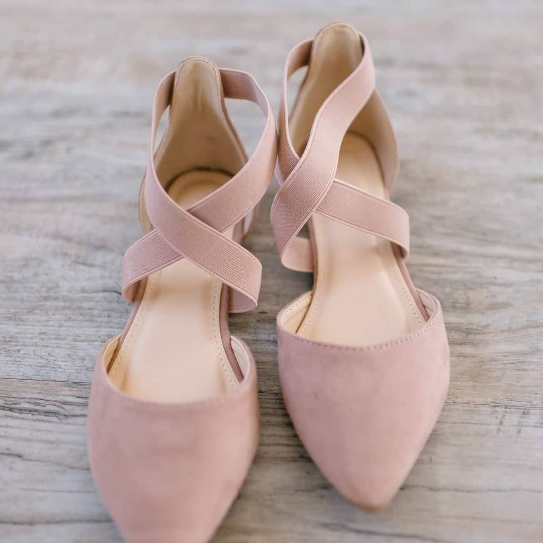 Ballet flats anyone?! The blush-pink is
