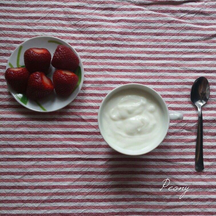 #yogurt #strawberry