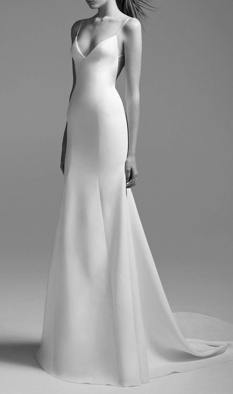 20 Simple Wedding Dresses for the Minimalist Bride