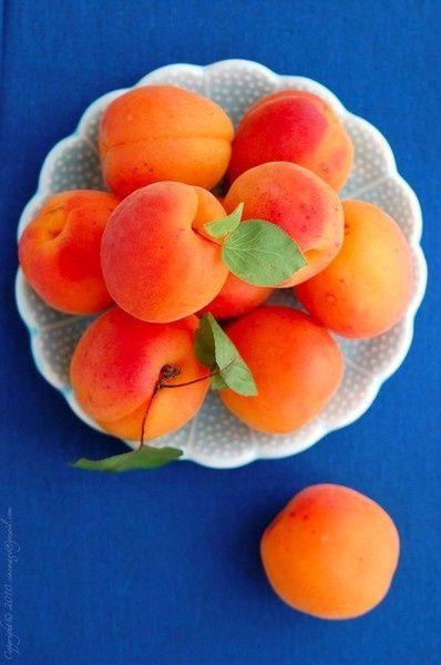 Apricots fruits