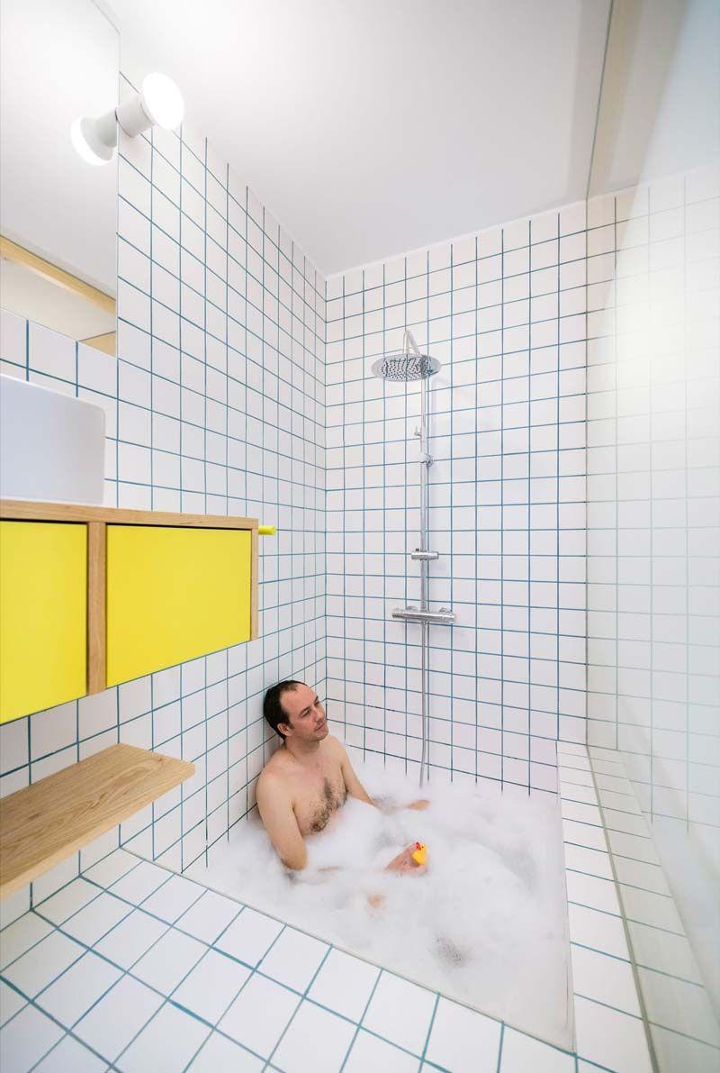 Klein Appartement Van 34m2 Met Een Mintgroen Interieur Inrichting Huis Com Badkamer Blauwe Badkamer Luxe Badkamers