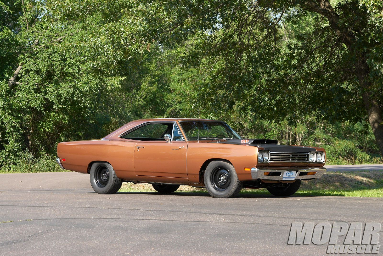 1969 roadrunner images 1969 plymouth road runner exclusive photos photo gallery