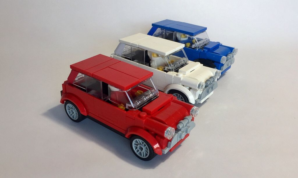 Lego Italian Job 1969 08 Mini Coopers Lego Cars Lego Lego