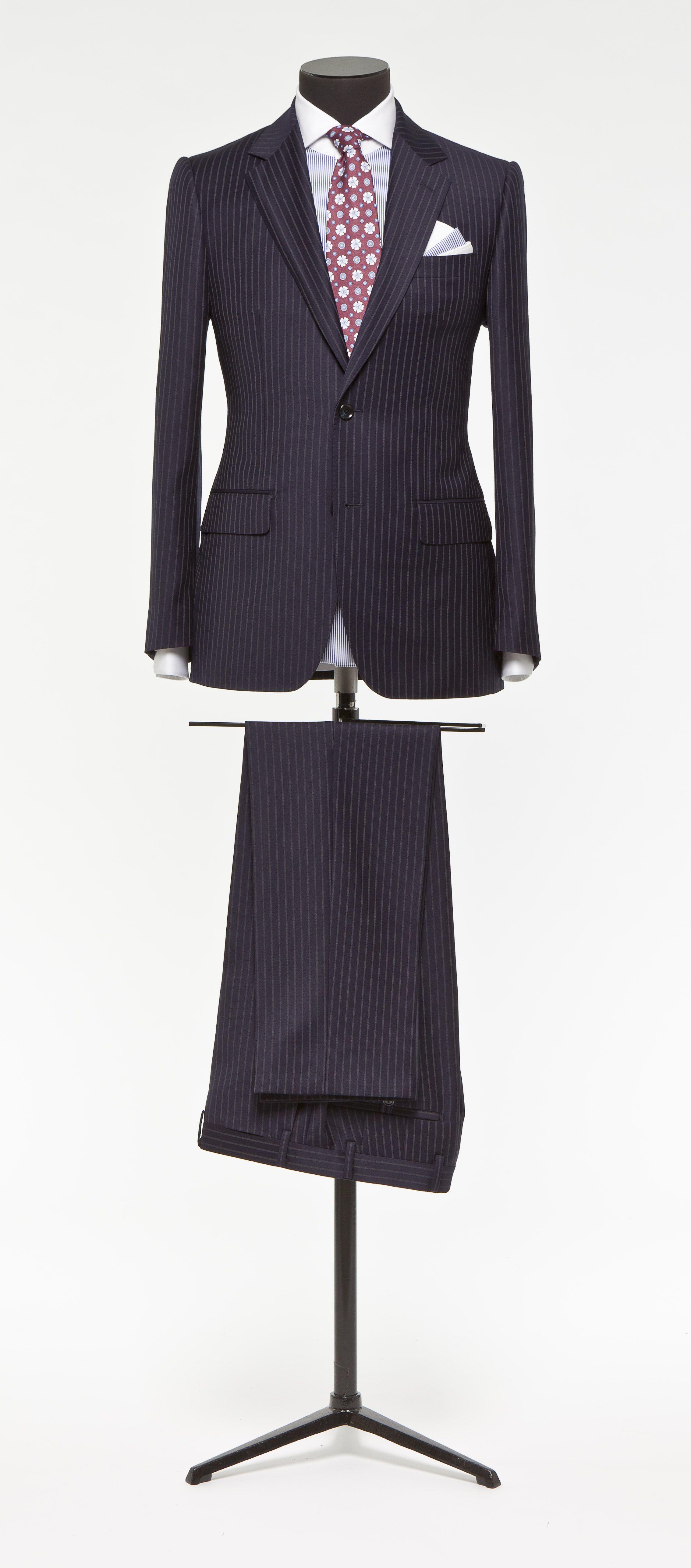Blue suit Stripe grey S120 http://www.tailormadelondon.com/shop/tailored-suit-fabric-3870-stripe-blue/