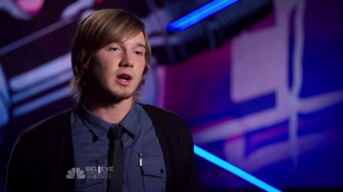 Former Baseball Player Morgan Wallen 20 Years Old From From Knoxville Tn Sings His Version Of Collide By Howie The Voice Usa Spanish Song Lyrics The Voice