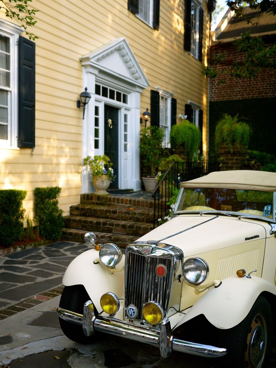 Doors of Charleston, South Carolina, Vintage Morgan Car, Classic ...