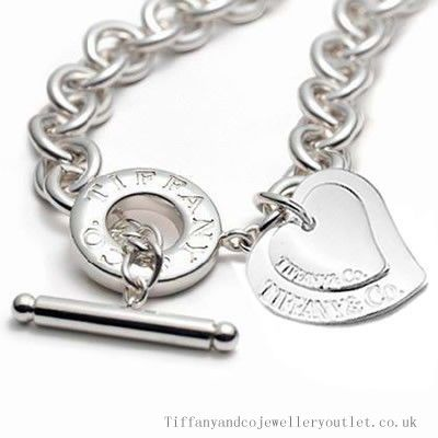 £58.99Wonderful Tiffany And Co Necklace Two Hearts Toggle Silver 025 Onlinesale
