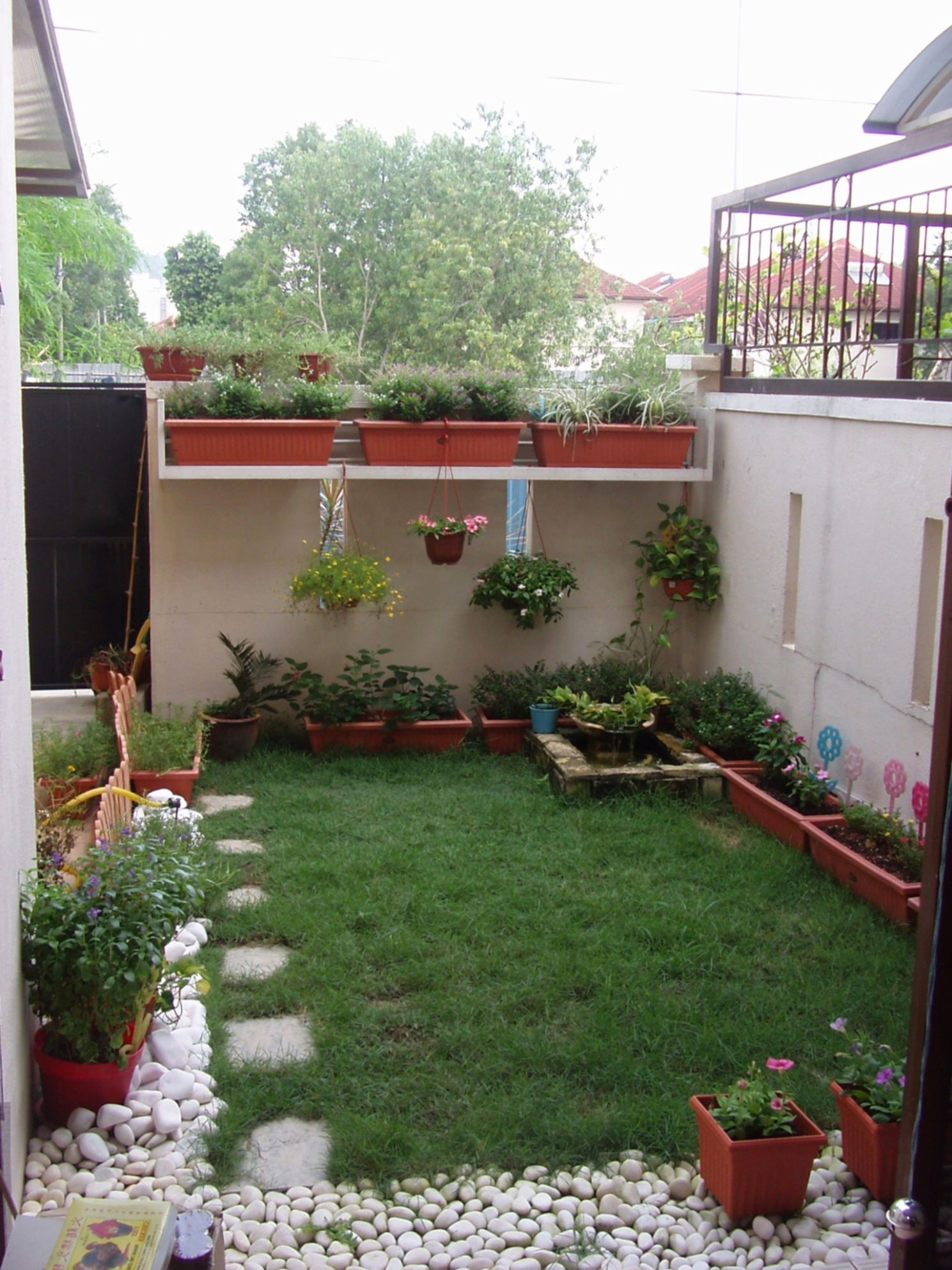24+ Incredible Tiny Yard Landscaping Design for Most Beautiful