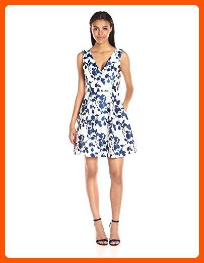 Betsey Johnson Women s Floral-Jacquard Dress 2e34725ca0