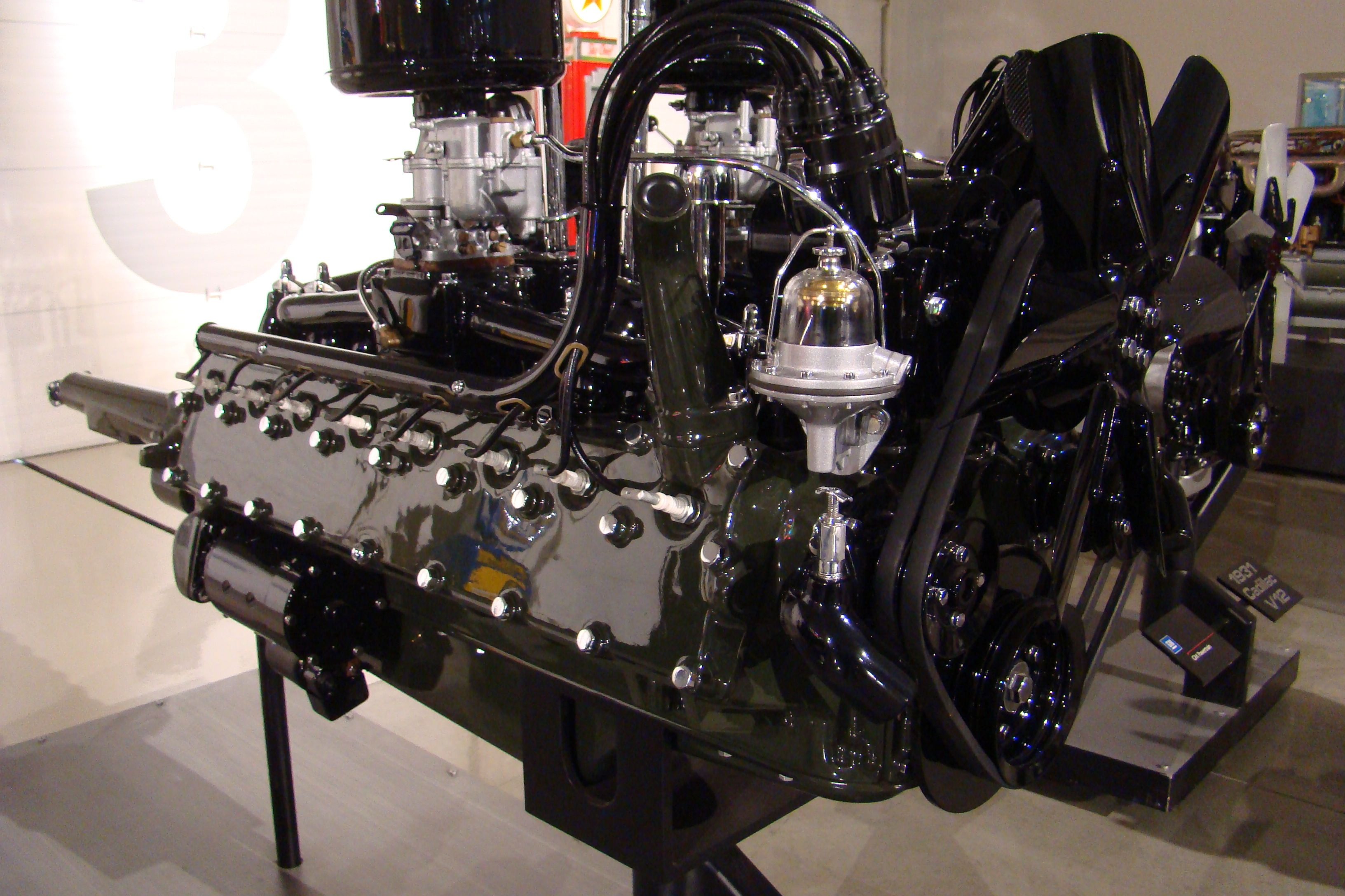 engine cars sixteen mostly cadillac engines pinterest pin