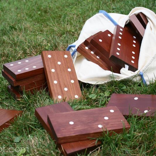Backyard Dominoes Backyard Gaming And Yards - Backyard gift ideas