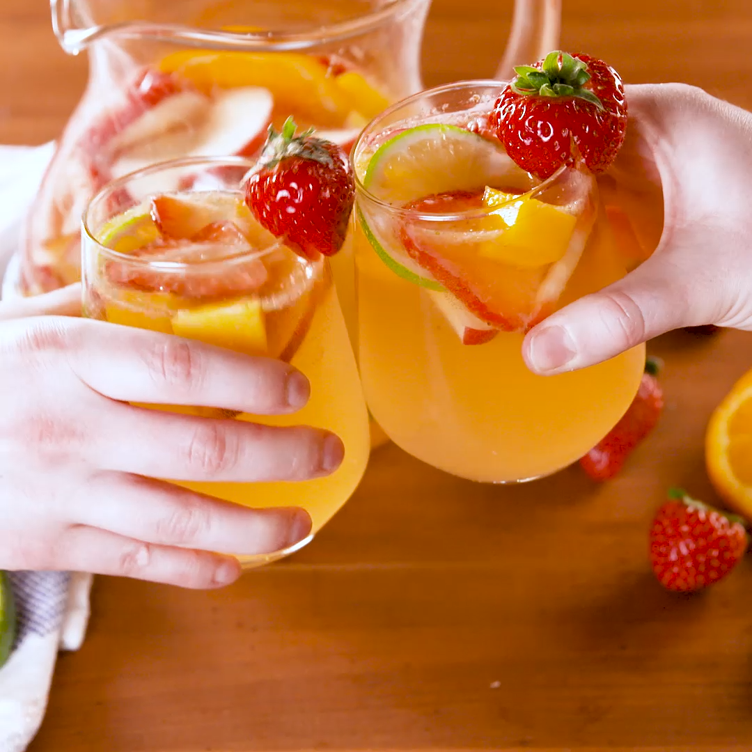 Best-Ever White Sangria