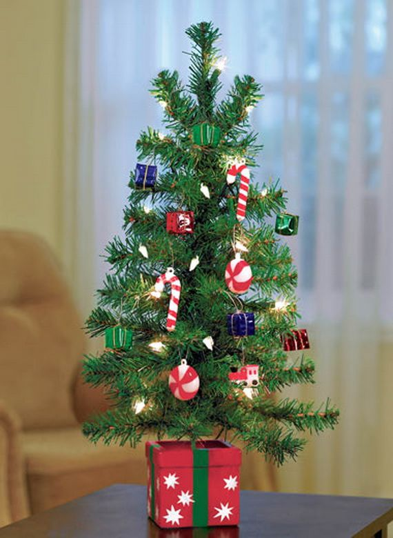 Tiny miniature trees tiny tree in place and these inspirations miniature christmas tree - Small christmas tree ideas ...